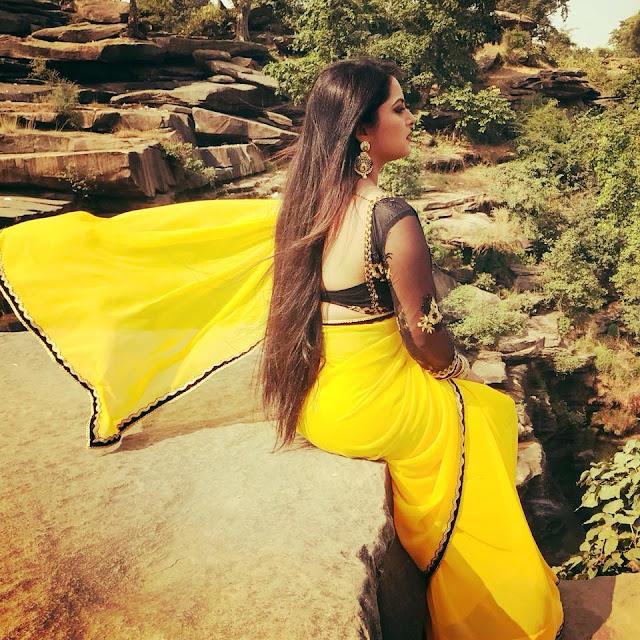 Anjana Singh selfie