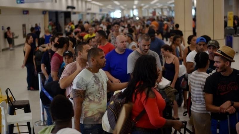 Aumentan precio vuelos para salir de Puerto Rico tras terremotos