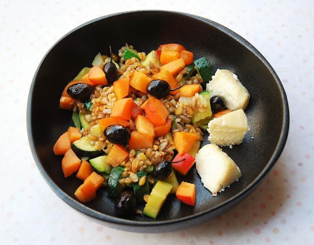 Salade tiède courgette - épeautre - abricots