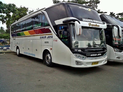 Foto Bus Sinar Jaya 77RD