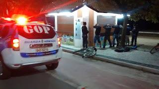 Guarda Municipal de Balneário Camboriú (SC) flagra marginais tentando arrombar quiosque