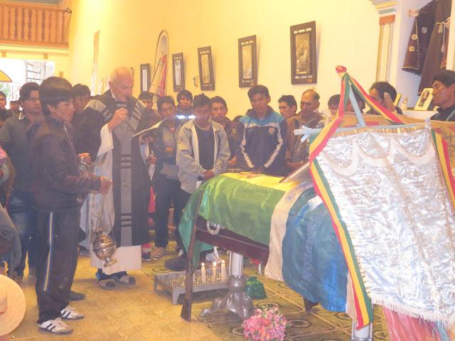 Verabschiedung in der Pfarrkirche von Esmoraca Bolivien