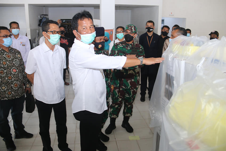 Walikota Bersama Wakil Walikota Batam Tinjau Pendistribusian Kotak Suara ke Kecamatan