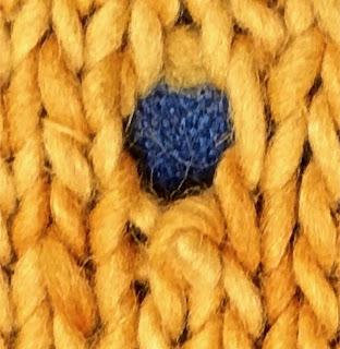 Hole in knitting, combo hole, dropped stitch plus inadvertent YO TECHknitting.com