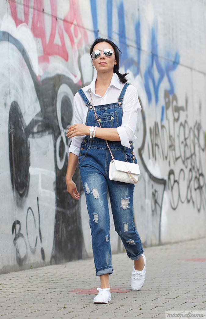 https://minimalissmo.blogspot.com/2016/09/shein-overall-jeans.html