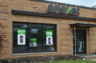 cricket-wireless-closing-up-to-200-dealer-stores