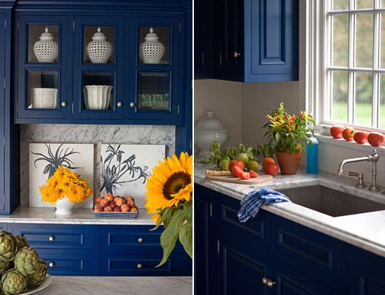 Paint The Walls Of Your Kitchen Royal Blue For A Dramatic Yet Cozy Look These Cabinets Are Deeper Creamy White But You Get Idea