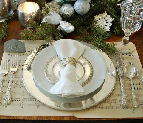 12 easy and elegant christmas table settings house - Simple christmas table settings ...