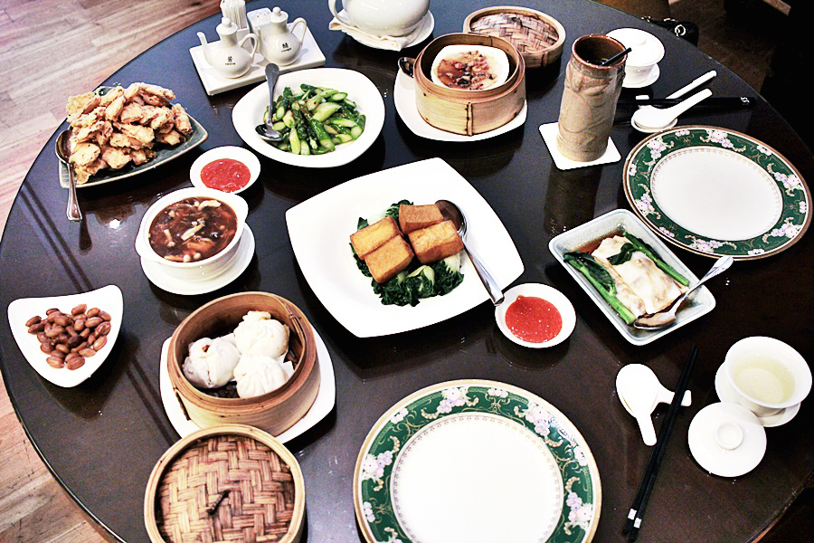 chinese food order at grand mercure hotel