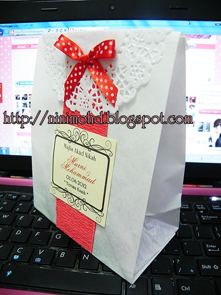 A Dream Of 2 Dove Diy Paper Bag For Door Gift