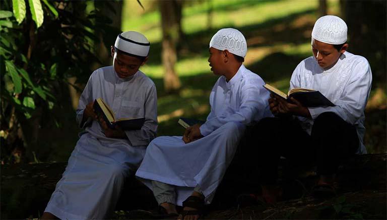 Pentingnya Waktu Dalam Kehidupan Seorang Muslim