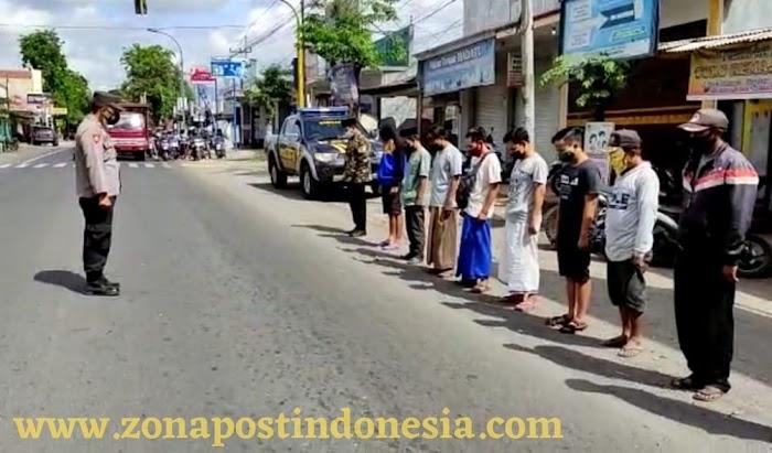 Kapolsek Wonosari Akp. Syamsul Arief S.H,. Pimpin Langsung Kegiatan Hening Cipta Bersama Warga Pengguna Jalan Wonosari