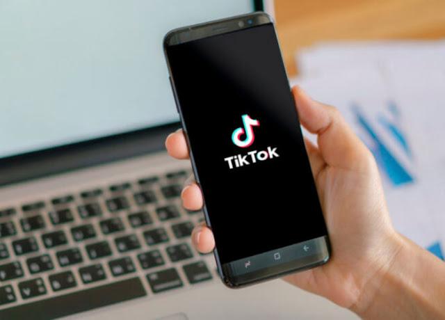 TikTok dá show de inclusão com recurso de legendas automáticas