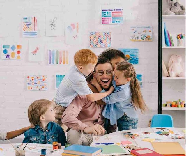 شروط المعلم الجيد وقواعد التدريس
