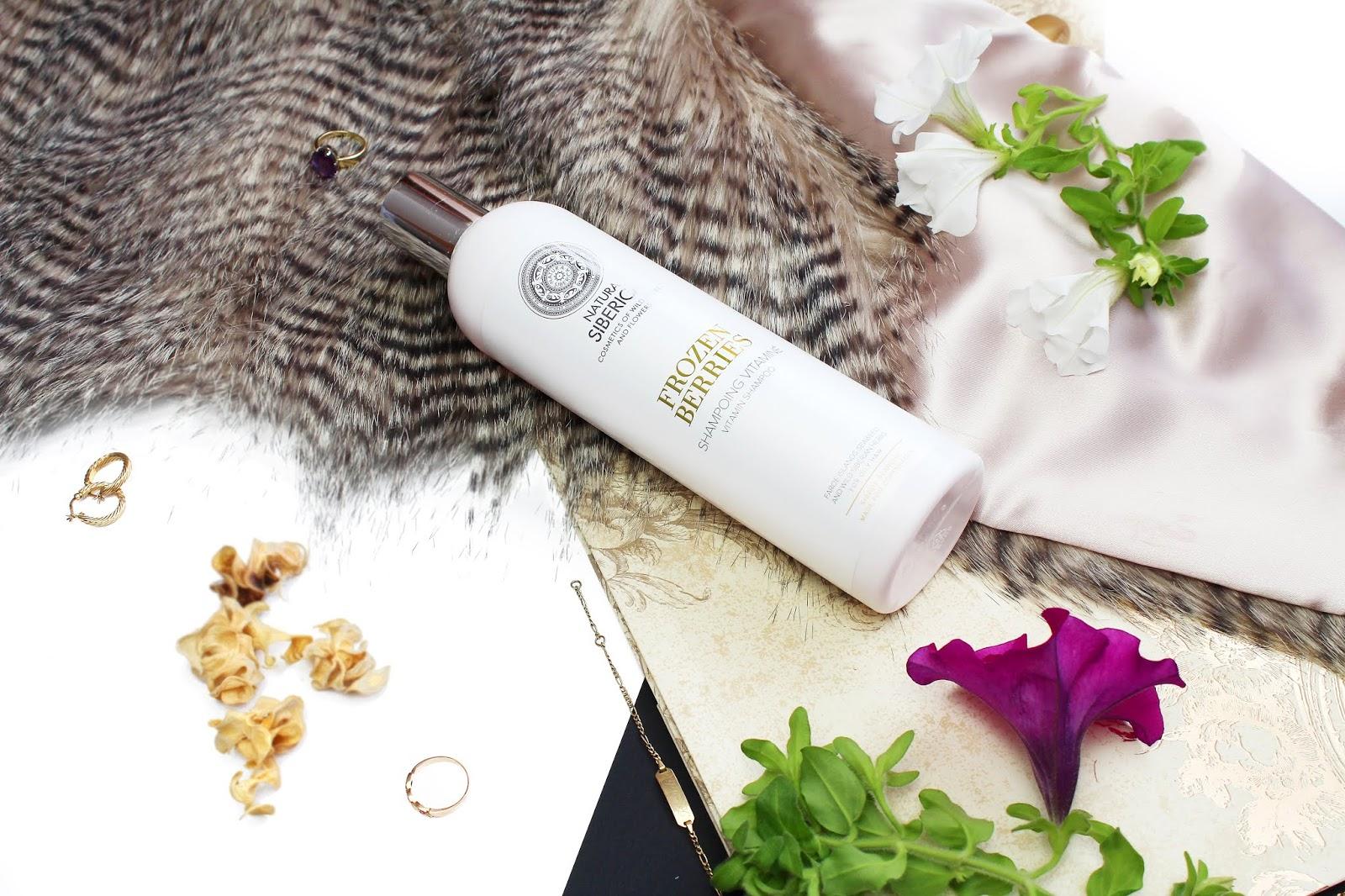 Natura Siberica, Witaminowy szampon do włosów przetłuszczających się Frozen Berries (Mrożone Jagody)