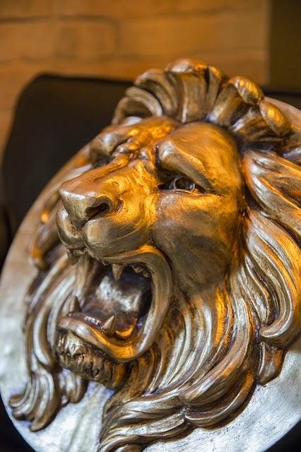 ascendente em leão significado