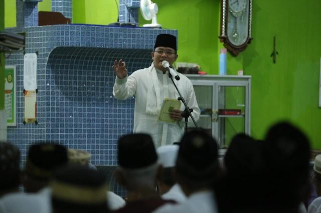 Peringati Nuzulul Qur'an di Desa Lumpatan, Bupati Ajak Warga Dukung Perda