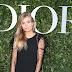Xenia Van Der Woodsen posa para fotos no lançamento da exibição 'Christian Dior, couturier du rêve' comemorando 70 anos de criação, em Paris, França – 03/07/2017