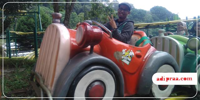 Family Coaster di Taman Rekreasi Selecta | adipraa.com