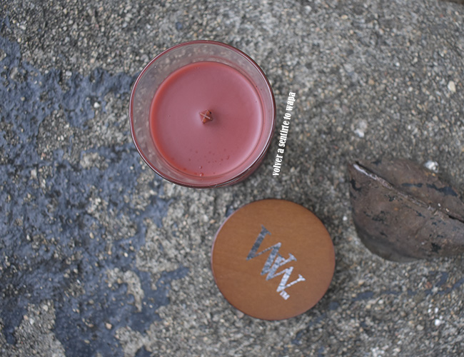 Woodwick Cinnamon Chai vela perfumada con mecha de madera
