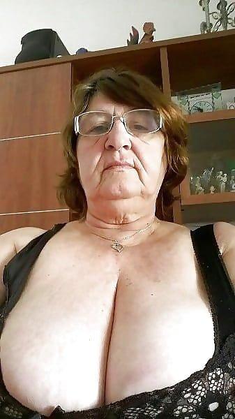 FAT Granny GIRLS SEX