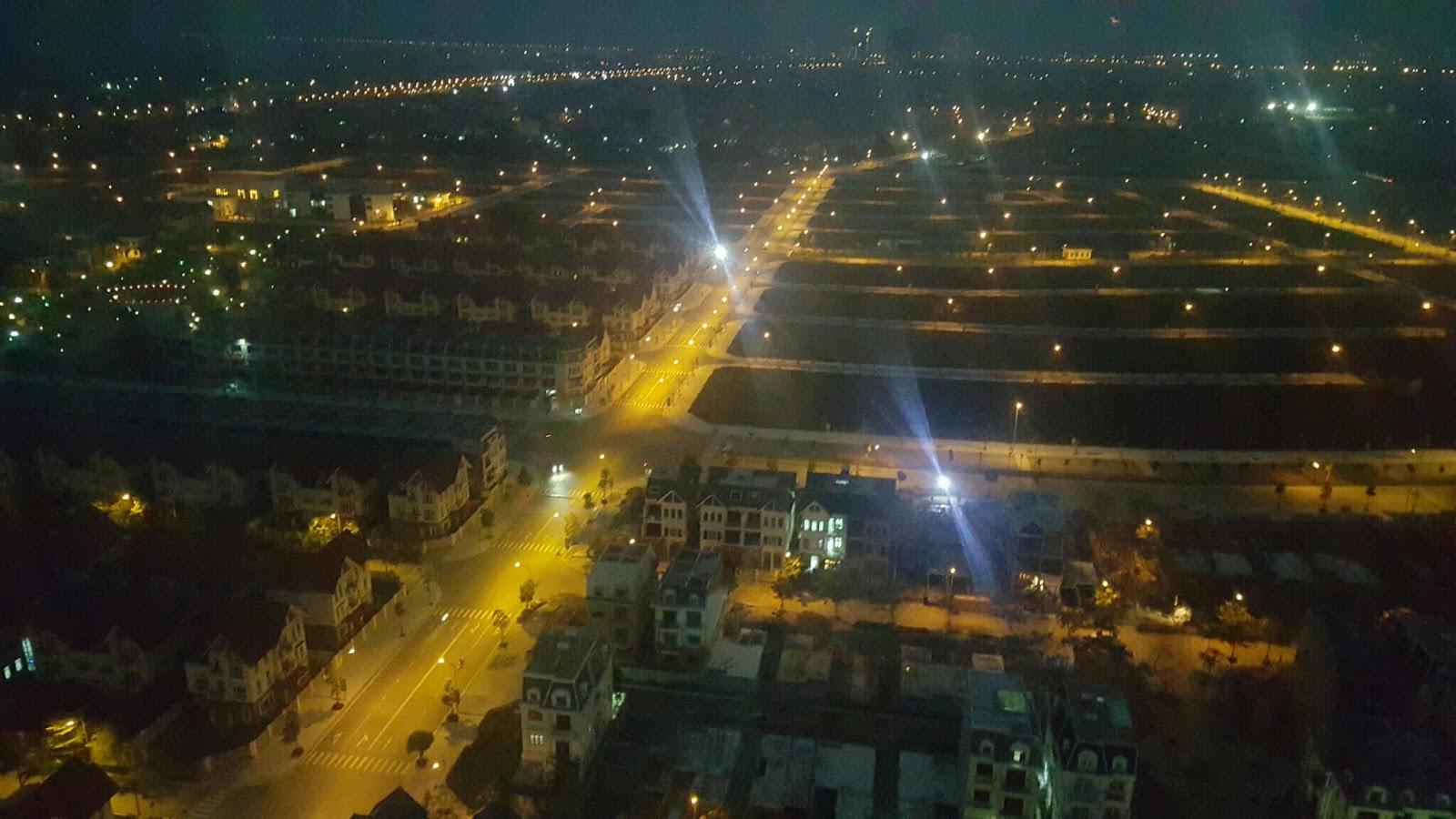 Cảnh quan về đêm của khu biệt thự Dương Nội.