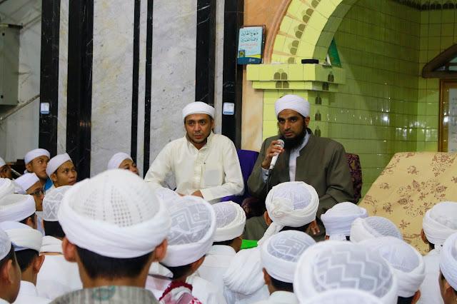Syaikh Abdul Nashir; Selalu Berbicara dengan Bahasa Arab