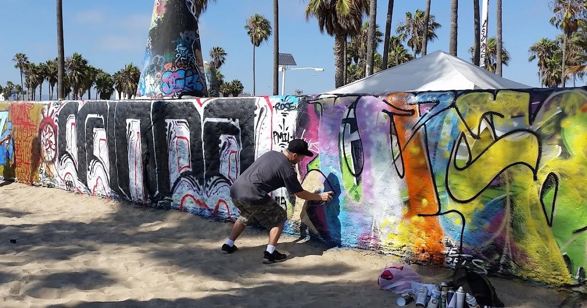 PUBLIC ART: Venice Public Art Walls @ The Venice Boardwalk