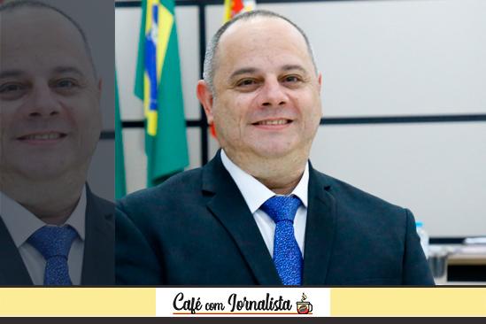 Vereador Alex Chaves segue como líder do prefeito Ulisses Maia na Câmara