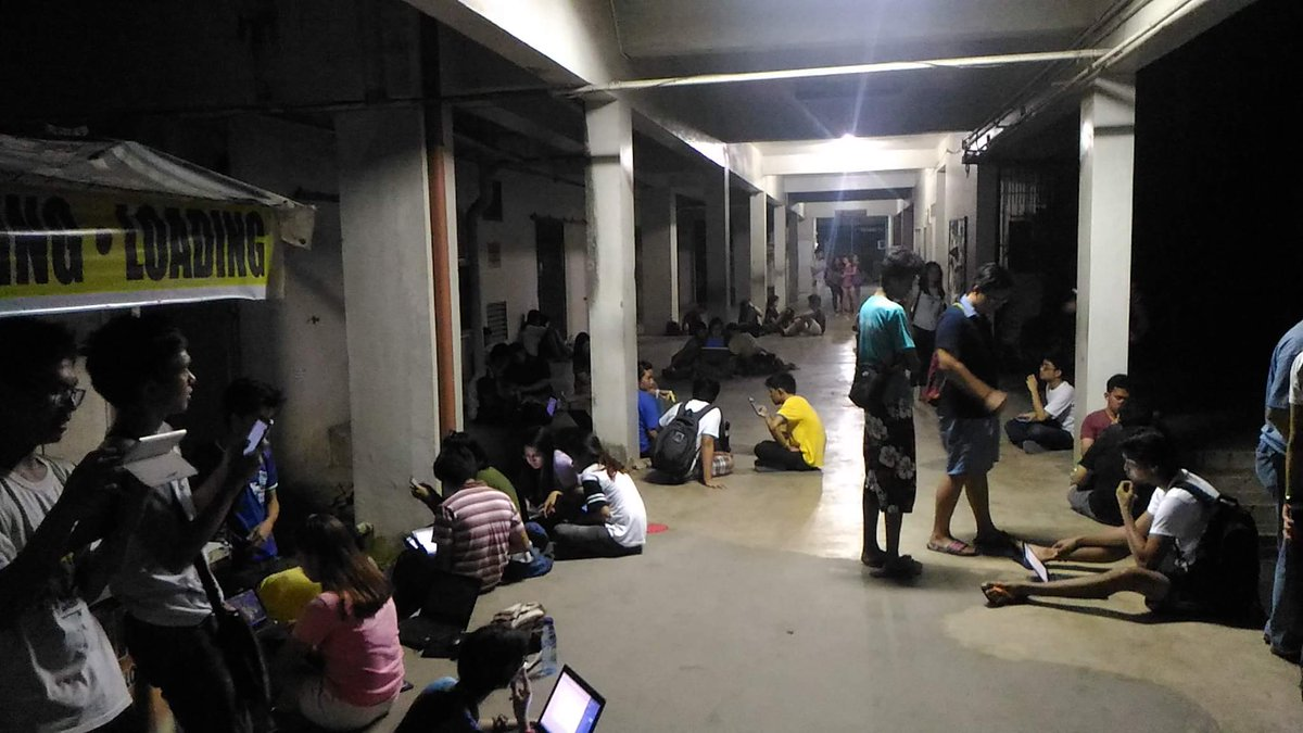 UPLB students unite to junk eUP SAIS