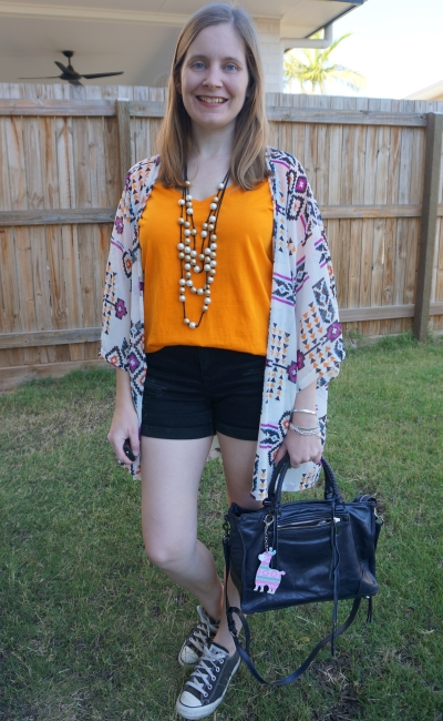 orange and black shorts and tee outfit with digital print kimono statement necklace converse spring style | awayfromblue