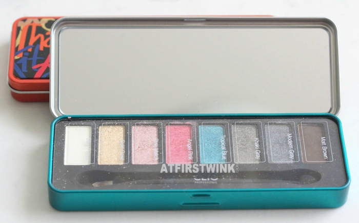Clio All That Eye Styler Kit 1 - Lie on the beach mirror