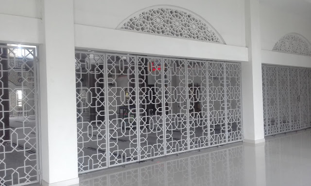 Mesjid Al-Abrar, ornamen mesjid, hiasan dinding mesjid, islamic center tanjung tabalong