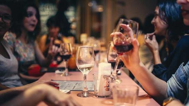 En este restaurante de EE.UU. los blancos pagan mucho más que los negros