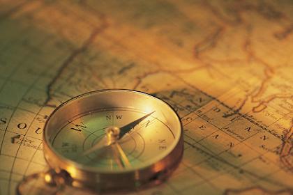 Berpikir Diakronis dan Sinkronis dalam Sejarah : Ciri-ciri, Manfaat, dan Fungsinya
