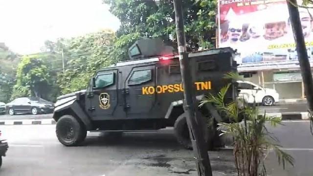 Kodam Jaya: Bukan Unjuk Kekuatan, Prajurit TNI Kebetulan Melintas di Petamburan
