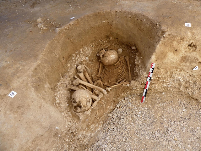 Mesolithic double burial discovered in France