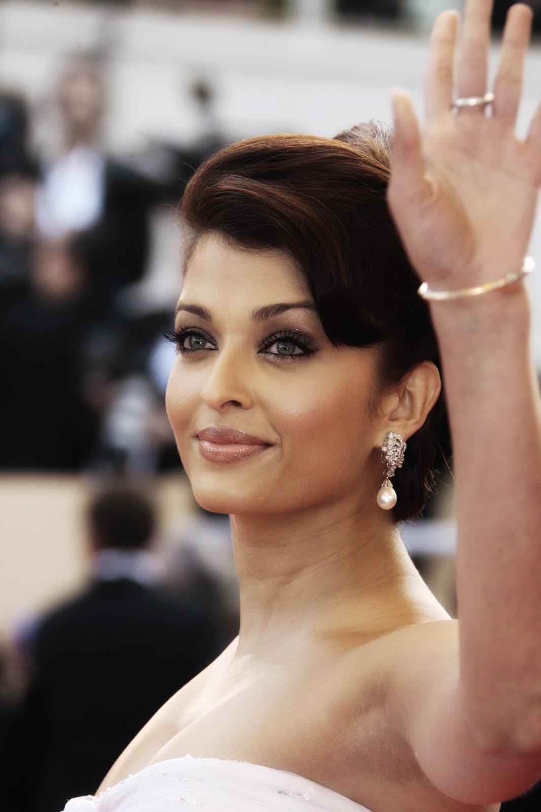 Aishwarya Sexy Naked