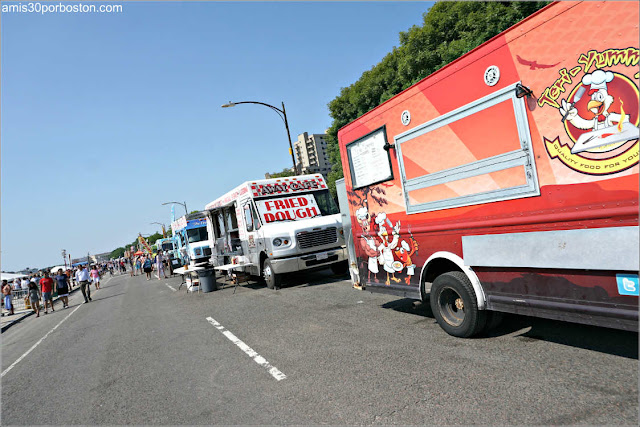 Food Trucks en el Festival de Revere, Massachusetts