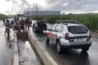Colisão entre carro e moto deixa uma pessoa morta em rodovia da PB