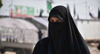 http://www.abusyuja.com/2020/07/kisah-islami-kesetiaan-seorang-istri.html