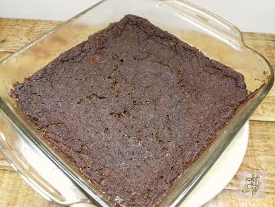 Brownie de Quinoa, Chocolate y Frutas. Receta Vegana.
