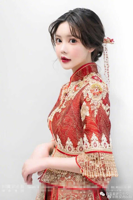 Dàn hot girl Trung Quốc lộ nhan sắc gây thất vọng khi tham dự đám cưới