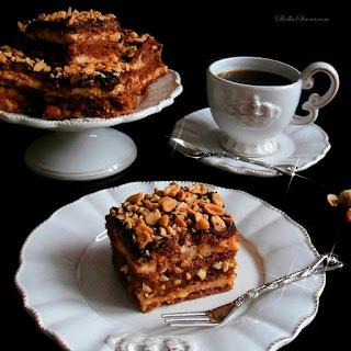 http://www.slodkastrona.com/2015/01/ciasto-snickers-bez-pieczenia.html