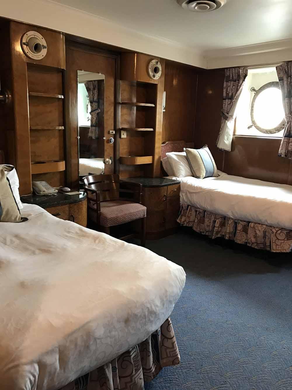 Kummitusjahdissa Queen Mary -aluksella 8