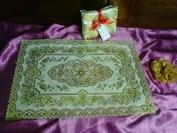souvenir pernikahan taplak meja / plismate karet eksklusif