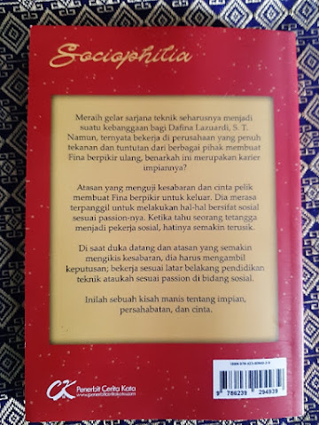 Review Novel Sociophilia