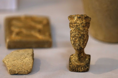 IS collects millions from plundered antiquities