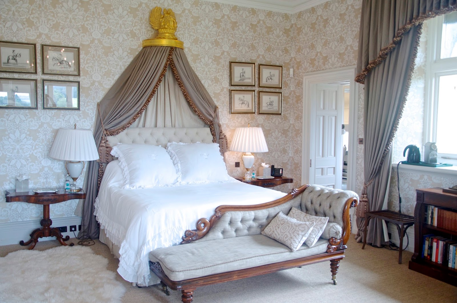Cowdray House Diamond Suite
