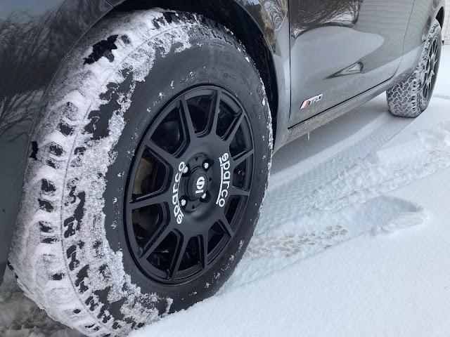 205/75R15 General Grabber tires on Sparco Terra wheels